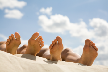 Feet Healthy During Summer